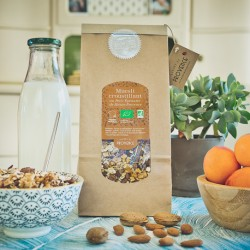 In a paper bag (300gr) Muesli