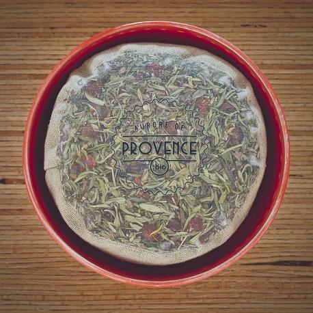 Dans un bol fait main de la Provence