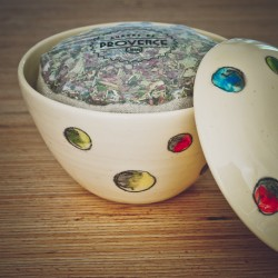 In a handmade bowl  - Collection Candide - Gambettes Mignonnettes